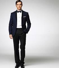 costume bleu marine mariage déparaillé bleu nuit et avec noeud papillon très