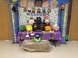 Wolcott Public Schools Pumpkin Decorating Contest at Wakelee