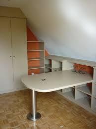 bureau sous pente rangement sous bureau maison design heskal com