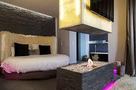 chambre romantique avec un week end romantique avec rien qu soi room5 hotel