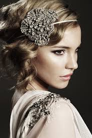 serre tãªte mariage accessoires cheveux mariage serre tete coiffures mariées