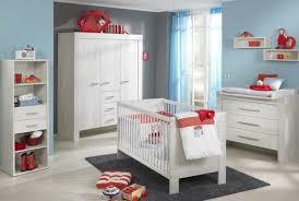 babyzimmer möbel set babyzimmer komplett weiß rot farbkombination möbel paidi
