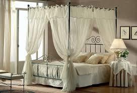 letto baldacchino letti matrimoniali baldacchino offerte e sconti materassi