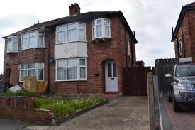 3 bedroom semi detached house hillingdon tempura estates london hillingdon semi detached house dsc 0124