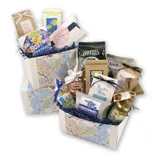 boston gift baskets beantownbonanza2 760x png v 1490906289