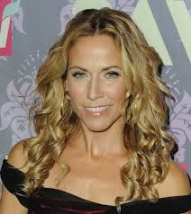 curly hairstyle easy hairstyles idea for long curly hair