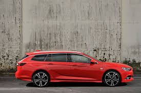 vauxhall insignia sports tourer 2017 features equipment and