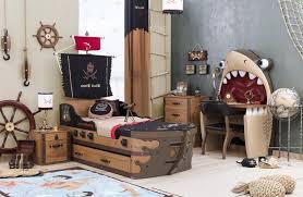 chambre garcon pirate deco chambre garcon pirate chambre idées de décoration de maison