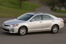 gas mileage for 2011 toyota camry 2011 toyota camry hybrid overview cars com