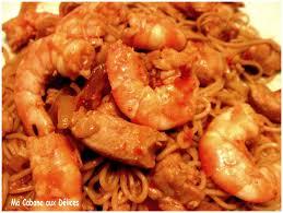 wok de nouilles chinoises aux crevettes recettes faciles recettes