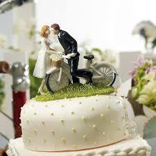 hochzeitstorte besonders tortenfigur fahrrad für ihre hochzeitstorte weddix de