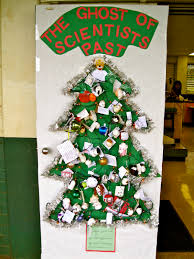 Christmas Tree Door Decoration Contest Highlands Intermediate Student Activities Christmas Door Decorating