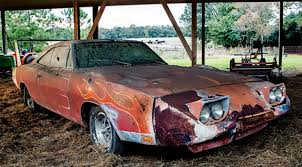 Muscle Car Barn Finds Barn Find Dodge Charger Daytona Sells At Mecum Auction Muscle Car