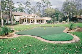 Backyard Putting Green Installation by Golf Kingwood Texas Offers Custom Putting Green Installation In