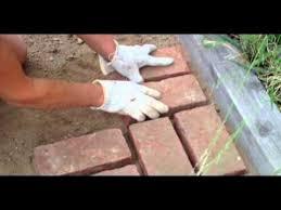 How To Lay Patio Bricks How To Lay Bricks Youtube
