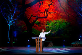 trees and wrinkles church stage design ideas