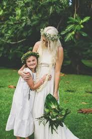 Hawaiian Wedding Dresses Cool Colourful Gorgeous Hawaiian Wedding