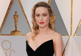 brie larson casey affleck brie larson addresses not clapping for casey affleck at the oscars