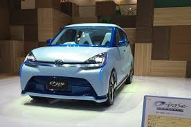 daihatsu reveals 94 1mpg concept car at tokyo motor show autocar