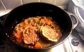 cuisine roti de porc en cocotte recette roti de porc en cocotte économique et simple cuisine étudiant
