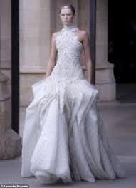 Armani Wedding Dresses Amal Alamuddin Will Use Same Wedding Gown Designer Kate Middleton