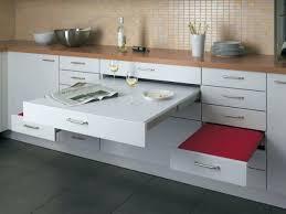 table cuisine pivotante meuble de cuisine avec table escamotable desserte billot meuble de