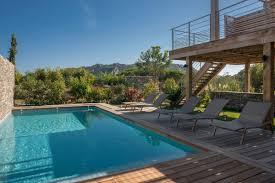 holiday villas rentals santa giulia beach