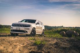 2016 silver jeep grand cherokee review 2015 jeep grand cherokee srt canadian auto review