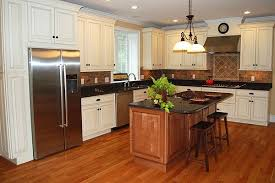 Natural Maple Kitchen Kitchen Traditional With White Kitchen Cabinets - Natural maple kitchen cabinets