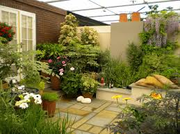 entrancing simple garden design layout taking triangle layering