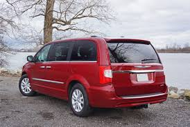 2016 chrysler town country road test review carcostcanada