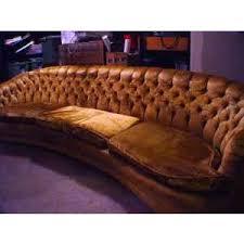 Curved Back Sofas Retro Long Curved Gold Velvet Tufted Back 70s Sofa Retrò Polyvore