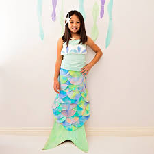 hello wonderful diy mermaid costume made with coffee filters