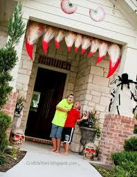 Outdoor Halloween Decorations Diy Halloween Decorated Homes Outdoor Halloween Decorations Ideas