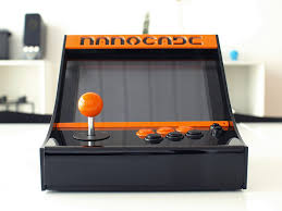 mame arcade cabinet kit nanocade lets your netbook become a mini mame arcade cabinet geek com