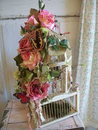 Decorative Bird Cages For Centerpieces by 181 Best Bird Cages Images On Pinterest Birdcage Decor Bird
