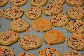 halloween dishes best 25 halloween cookies ideas on pinterest halloween sugar