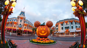 when is mickey halloween party three ways the disneyland app makes mickey u0027s halloween party even