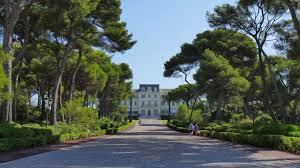 hotel du cap eden roc rush hour on the