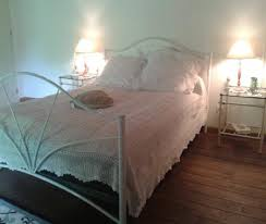 chambre et table d hote aveyron chambre la provençale et table d hôtes cadre à viviez
