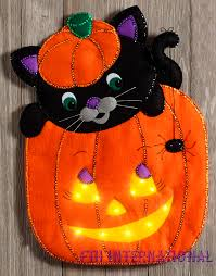peek a boo pumpkin bucilla felt halloween wall hanging kit