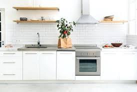 carrelage credence cuisine design credence cuisine carrelage carrelage mactro blanc de laclacgance