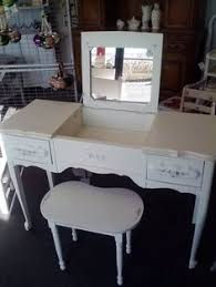 Unfinished Makeup Vanity Table Create Your Own Luxurious Personal Grooming Spot With The Gracious