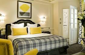 style deco chambre déco hotel keppler chambre bicolore jaune et style déco