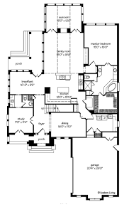 109 best floor plans images on pinterest floor plans move the washer and dryer where the sink is and move the sink under the window in the laundry room so i could add lockers where the washer and dryer are