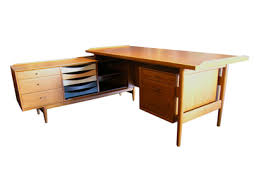 S Shaped Desk L Shaped Desk With Drawers Reconciliasian For Ideas 2