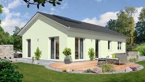 Haus Mit Grundst K Der Bungalow 100 Ihr Massivhaus Von Town U0026 Country Haus