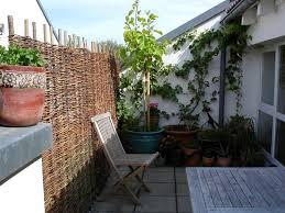 gartenmã bel kleiner balkon chestha terrasse idee balkon