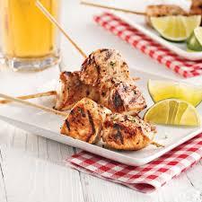 cuisine au miel mini brochettes de poulet à la bière et au miel recettes cuisine