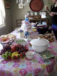five tips for hosting an inexpensive baby shower